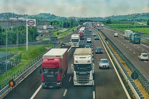 Hrvatska i Slovenija postigle zajednički dogovor oko smanjenja ograničenja prometovanja teretnih vozila na graničnim prijelazima