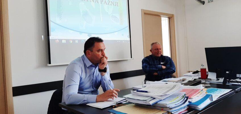 Predsjednik Ceha ribara pri Hrvatskoj obrtničkoj komori, Robert Momić prisustvovao 8. sjednici Sekcije ribara Udruženja obrtnika Rijeka